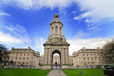 Top 8 trường đại học hàng đầu tại Ireland